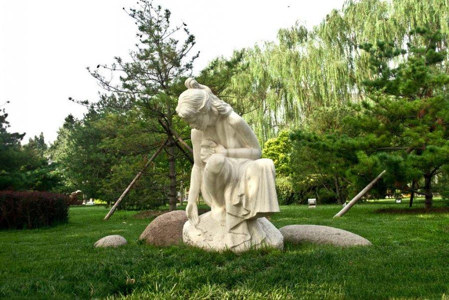 郑州园林景观雕塑设计案例-【金兰草雕塑公司】