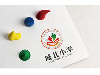 城北小學logo