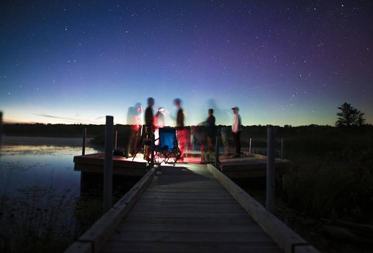 在银河系下:摄影师拍摄星空的指南