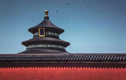 """60岁上海大爷,5年死磕7000多个零件,把""""天坛""""搬到了上海!"""