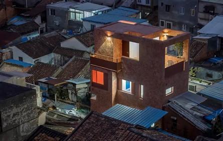 """""""大隱于市"""" 廣州歷史街區內,一棟極小住宅的改造 / URBANUS都市實踐"""
