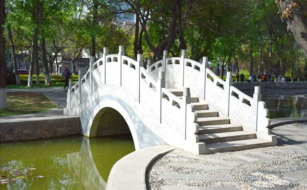石拱桥欣赏