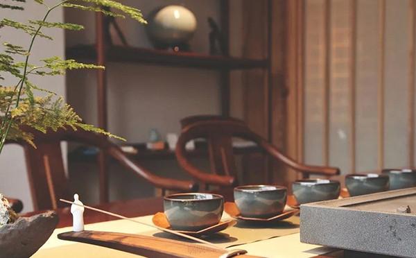 龙泉茶生活馆设计|青瓷苍翠,茶香沁脾