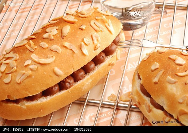 杏仁杂粮巧克力夹心面包横拍图片