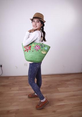 休闲购物挎包女模特