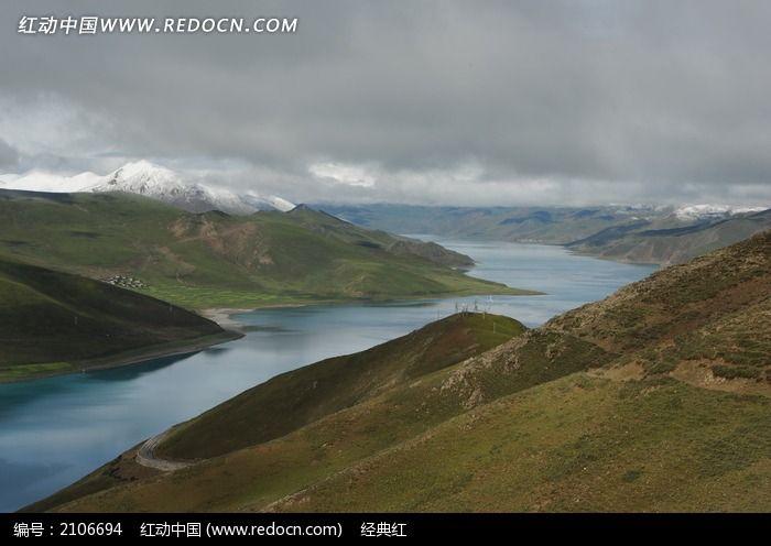 羊卓雍错圣湖图片