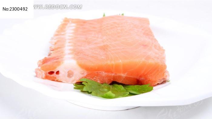 三文鱼骨图片