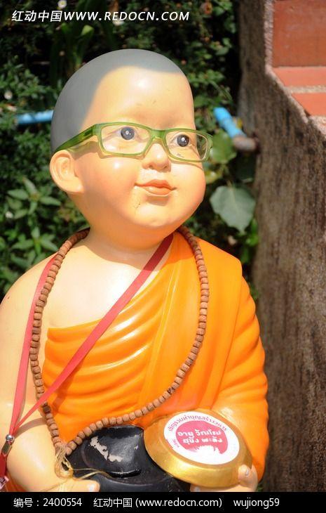 泰国泥塑小和尚图片_艺术文化图片