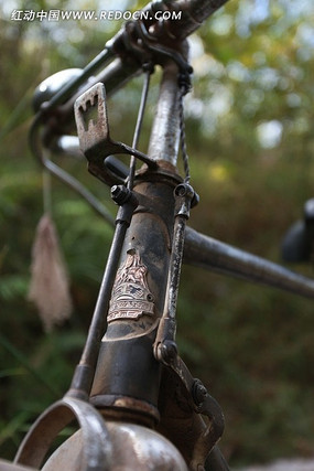 典怀旧老式黑色二八自行车