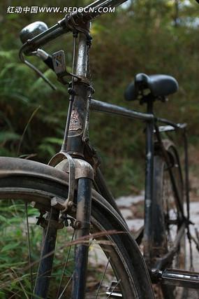 经典怀旧老式黑色二八自行车