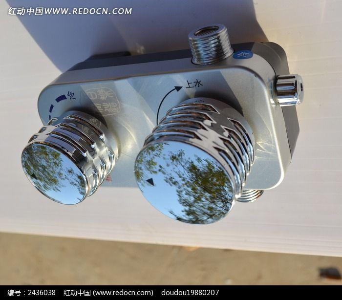太阳能上水器图片