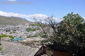 丽江古城房子屋顶