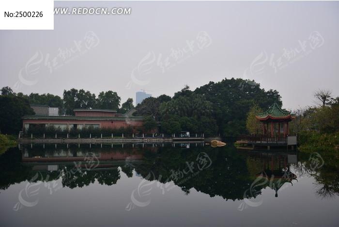 广州珠岛宾馆亭湖风光