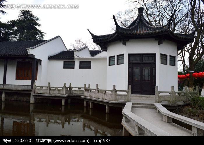 广州珠岛宾馆湖边亭楼
