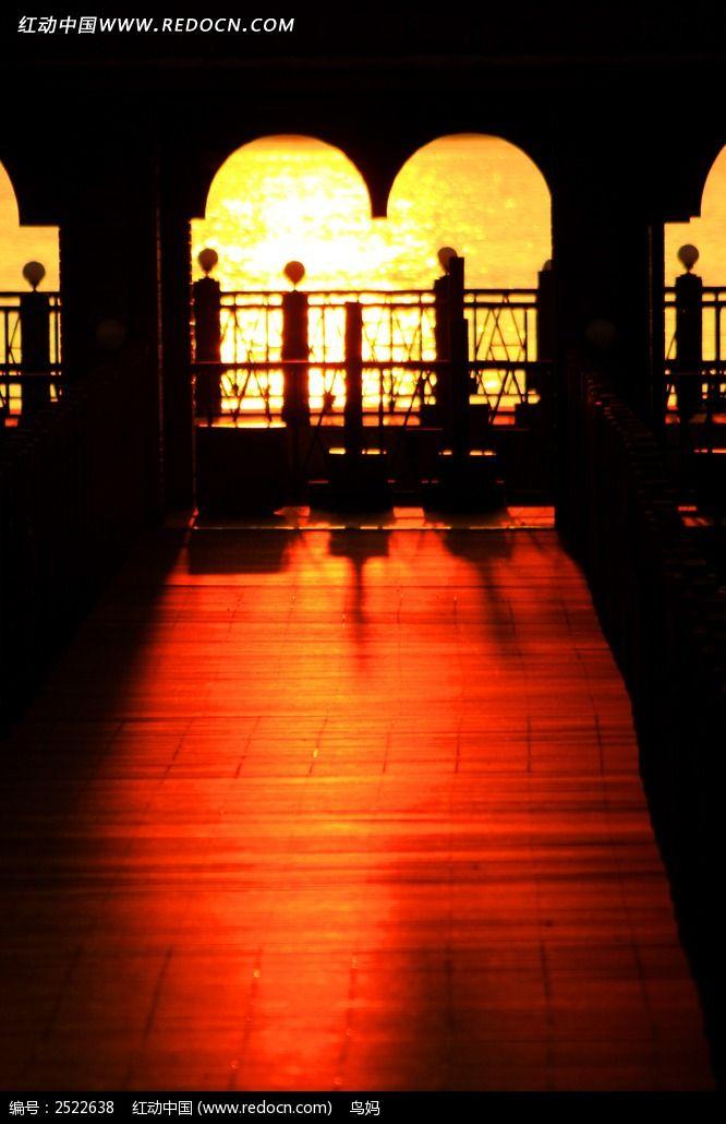 庐山西海走廊图片