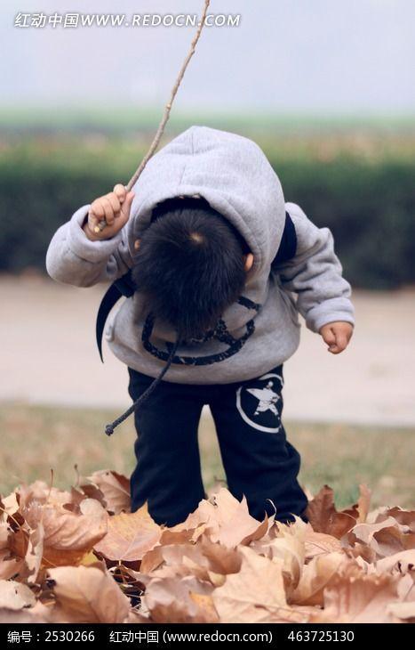 调皮的小孩子图片_人物摄影图片