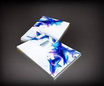 蓝色三角图案封面