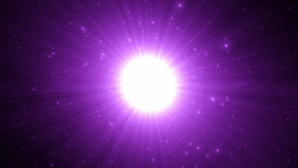 视频_带音乐的紫色极美光束放射点点梦幻粒子出来视频素材