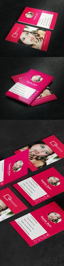 竖版红色淘宝服装店名片设计