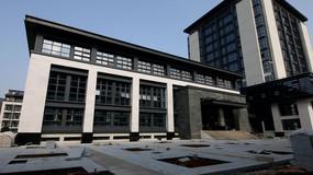 大学校园建筑实拍视频素材
