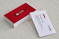 红色餐饮名片模板设计