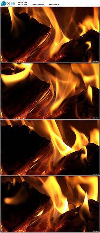 实拍燃烧木头火焰视频素材