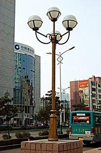 金色欧式简约石柱灯 JPG