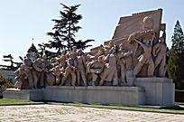 抗战题材纪念碑石雕小品 JPG