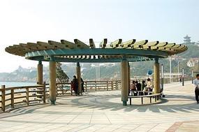 圆形木质廊架