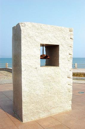方形石墙雕塑小品