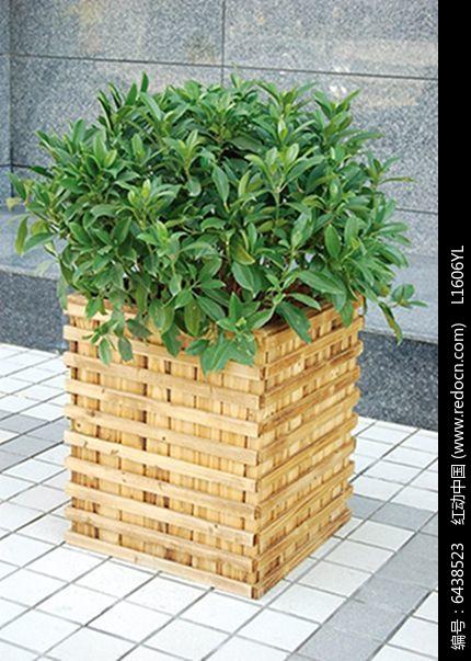原创设计稿 方案意向 花坛树池 木质格栅花池  请您分享: 红动网提供