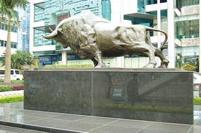 蛮牛雕塑小品