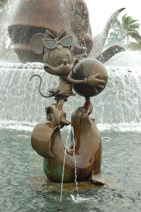 米妮雕塑小品