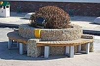 卵石面石板圆形座椅 JPG