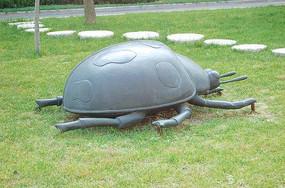 瓢虫雕塑小品