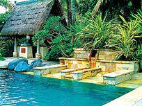 度假山庄方形游泳池效果图
