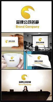 金色鹰头图案的公司标志