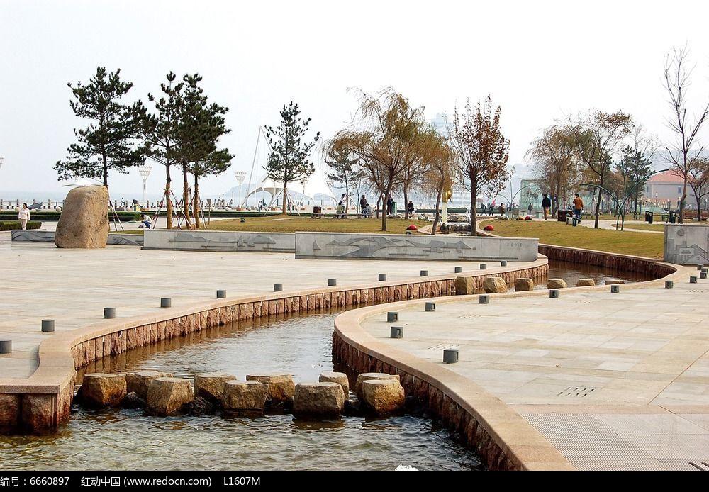 公园跌水景观效果图