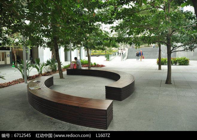 弧形木制树池jpg素材下载_花坛树池设计图片