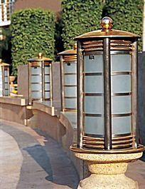 玻璃圆柱形景观灯柱
