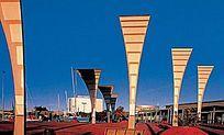 广场曲型现代创意灯柱 JPG