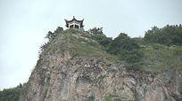 山顶的亭子视频素材