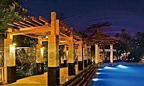 木质滨水景观廊架夜景