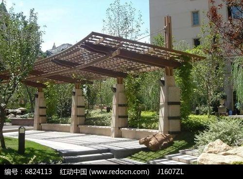 中式木石廊架图片