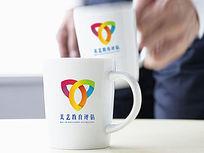 彩色时尚教育logo
