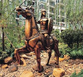 战士骑马雕塑