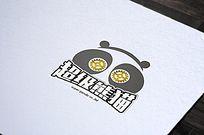 可爱齿轮熊猫logo
