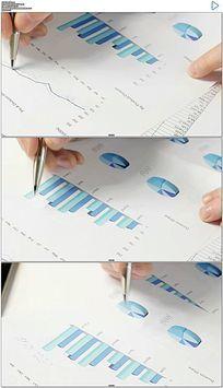 商务数据市场分析实拍视频素材