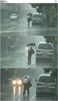 台湾花莲市暴风雨实拍视频