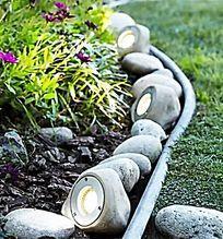 花园仿卵石造型草坪灯 JPG